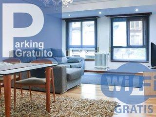 R & S Apartamento de Lujo. Aparcamiento. Ourense Centro.