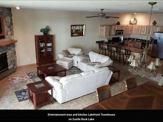Spacious Lakefront Townhome located on Castle Rock Lake
