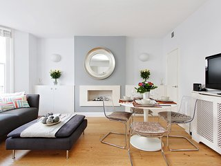 Stylish 2bd garden flat, Little Venice