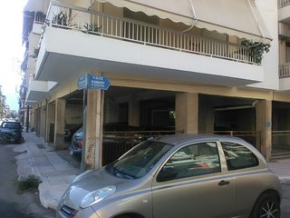 Perfect position,large 2 bedroom with a/c +sofabed 2 balconys 10min to beach