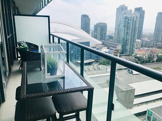 HIGH FLOOR + 2BED, 1 SOFA BED + PARKING + GYM/POOL