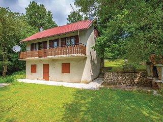 Nice home in Breze w/ 2 Bedrooms (CKN564)