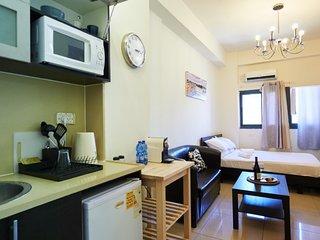 NHE Standard Studio Apartment Machne Yehuda