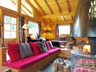 5 bedroom Villa with WiFi - 5810815