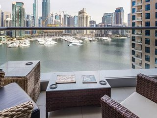 Elegant 2BR With Magnificent Marina Views!
