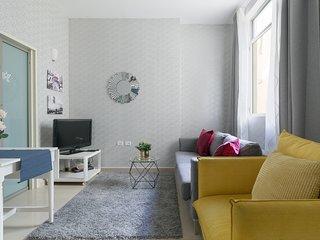 New Apartment Nordau / Sea Side