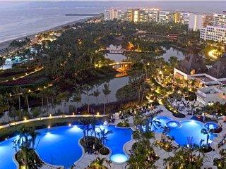 5 Diamond Resort Nuevo Vallarta Grand Luxxe 2 Bed 3 Bath suite