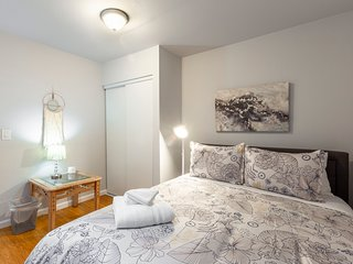 2BR Guest House | Downtown Redwood City | Free Parking | Sleeps 5