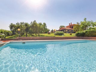 Nice home in Grosseto w/ WiFi, Outdoor swimming pool and 3 Bedrooms (ITM387)