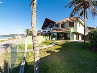 Aluguel Casa 4 quartos s/ 1 suíte frente Mar | Bombas/SC 016 - Casa Frente Mar