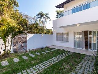 Aluguel Casa 3 quartos p/ 12 pessoas | Bombas/SC 281 -Casa Marcelo - Rua Leao