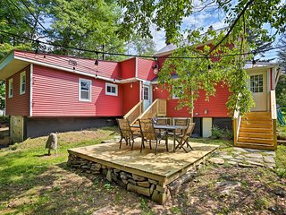 NEW! Livingston Manor Home w/Fire Pit-Walk to Town