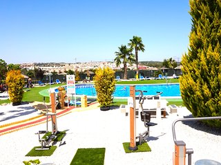 Costa Blanca South - 2 Bed / 1st Floor Apartment / Las Palmeras, Playa Flamenca