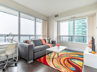 Simply Comfort. Modern Flower 2bd 2Bath in Skyscraper. Free Parking