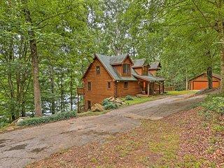Large Lavonia Lakefront Log Cabin w/Boat Slip