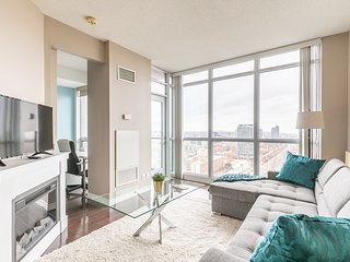 Simply Comfort. Stylish Downtown Apartment. 2Bathroom