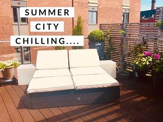 Duplex Penthouse + terrace in city's hottest area