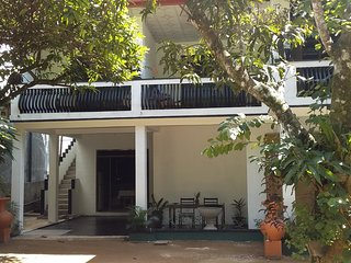 Room-205 Home stay.. Close to beach and Home food.