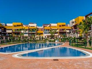 2 bed apartment in the beautiful complex El Bosque, Playa Flamenca