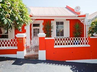 SA Stylish African Apartment