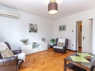 Nice apartment in Rijeka w/ 3 Bedrooms