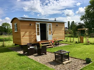 Rambler's Retreat - Luxurious Shepherds Hut
