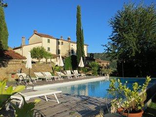 NEW!!! Fenice, Tuscan Villa, Private pool, stunning scenery, WIFI, chef option