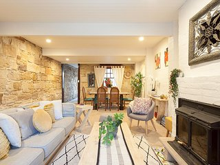 Charming renovated cottage in elegant Balmain