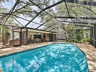 Prime Indian Rocks House w/ Covered Lanai & Pool!