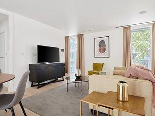 Sonder | Southwark Residence | Ideal 2BR + Balcony