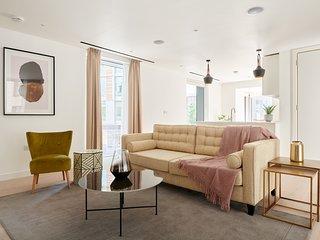 Sonder | Southwark Residence | Grand 2BR + Balcony