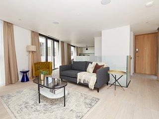 Sonder | Southwark Residence | Sleek 3BR + Balcony