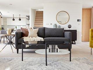 Sonder | Southwark Residence | Glam 3BR + Balcony