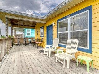 Dog-friendly house near the beach w/ Gulf views, free WiFi, & Snowbirds welcome!