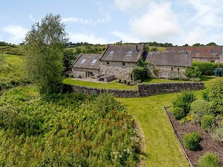 Waterside Barn, Bradbourne, Derbyshire  - Sleeps 2-10 people
