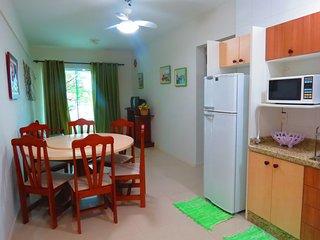 Cód 052 Apartamento com 2 dormitórios na Praia de Bombinhas!