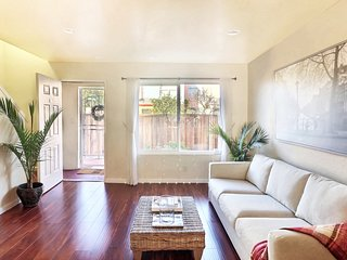Renovated Lovely House, Easy access to SF & BART