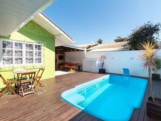 Aluguel Casa 4 quartos / 1 suite Piscina Bombas/SC