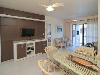Aluguel Apartamento 2 quartos s/ 1 suíte 50m Mar | Bombas/SC 061 - Apto Res. Kar