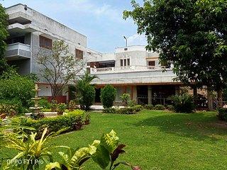 Alu Villa - The Parsi Homestay Experience