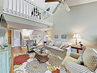 Litchfield by the Sea Condo w/ Pool, Tennis & Fishing - Walk to Beach!