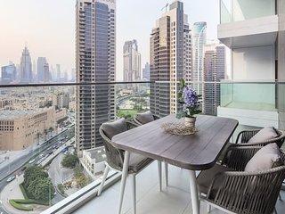 Stunning Studio w/ Burj Khalifa View!