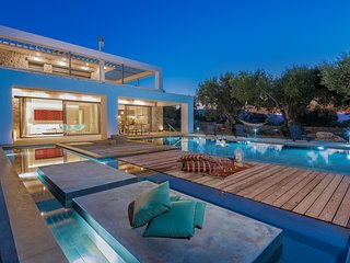 Azimut - 3 bedroom villa with private pool