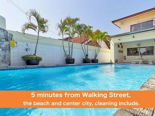 4 bedrooms villa Viewbor near the beach and Walking Street