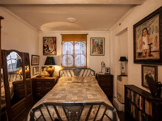 Charming Service Quarters In Mansion In San Telmo
