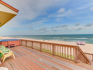 NEW LISTING! Waterfront home w/ private hot tub, game room, & beach access!