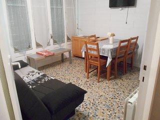 Loue appartement meublé dans joli petit village médiéval