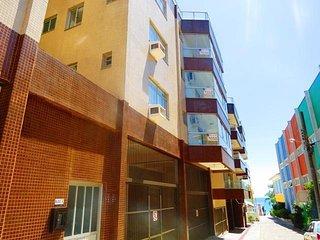 Cód 144 Apto com 2 dormitórios, na Quadra do Mar, Centro de Bombinhas 144