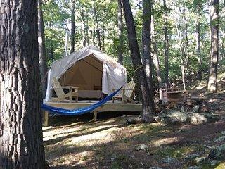 Tentrr - Mountain Hideaway