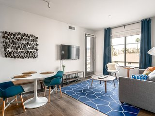 Chic 2BR in Luxe Building #3056 by WanderJaunt